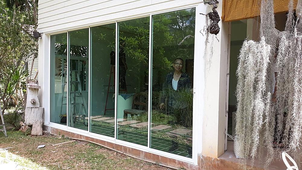ต่อเติมบ้านเป็นกระจก